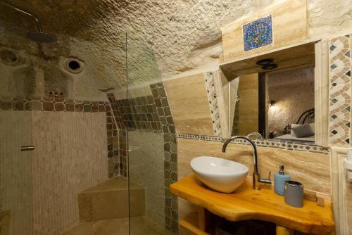 Vintage Cave House Hotel